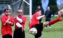 A labda bűvöletében Nógrád megyei II. osztályban veretlen Mátraverebély mérkőzése Ságújfalu ellen.2015.04.05.