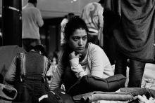 Keleti tranzitzóna Több ezer menekült gyűlt össze a Keleti pályaudvar tranzitzónájába. A csupán néhány mobil wc-vel és egyetlen ivóvíz forrással ellátott helyen egyre többen betegedtek meg. Bp. 2015.09.04.