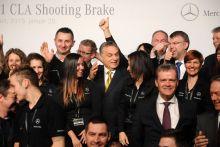 A Nagyon Kedves Vezető Orbán Viktor a hazai gyártású CLA Shooting Brake modell bemutatásán a kecskeméti Mercedes-gyárban. 2015. január 20.