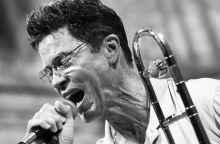 Ray Anderson Ray Anderson amerikai jazz pozános, trombitás, az amerikai free jazz jeles alakja Avigliana-ban a Due Laghi Jazz Fesztivál-on egy templomban koncertezett
