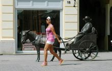 Rippl-Rónai: Ej-HA A hölgy láttán a szobor is megszólal