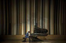 Bogányi csodazongora  Bogányi Gergely Kossuth-díjas zongoraművész január 20-án a  Budapest Music Centerben mutatta be és szólaltatta meg új fejlesztésű hangversenyzongoráját.