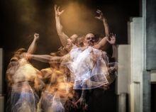 Lear Április 17-én volt a bemutatója a Duda Éva Társulat,  Shakespeare Lear király című drámája nyomán készült LEAR (fizikai színház) c. darabjának.