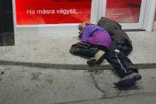 Álom Az utcalakók számára  sokszor az álom az egyetlen  mentsvár...