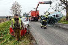 Őrangyal Belefutásos baleset. Összeütközött két gépkocsi és egy kismotor a 63-as főúton, Szekszárd és Szedres között, Kajmádpusztánál A balesetben csodával határos módon senki sem sérült meg.
