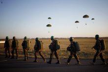 Warlord Rock  2015.02.21.-én az MH szolnoki bázisán tartották a Warlord Rock 2015 magyar-amerikai hadgyakorlat főpróbáját, ahol közösen készültek légideszant műveletek tervezési, szervezési és vezetési feladataira.