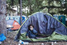 Reggeli A határzárás után a horvátországi Pélmonostoron rögtönzött menekülttáborban, amint felkelt a nap majdnem mindenki már útra kelt.