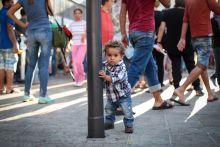 Anya?! Menekült kisfiú a Keleti pályaudvaron 2015. szeptember 4-én