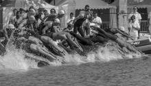 Magyar Úszás Napja Balatonfüreden első ízben rendezték meg a pénzdíjas nyíltvízi úszó FINA Világkupa-sorozat egyik versenyét: a 10 kilométeres viadalon a világ legjobbjai álltak rajthoz, akik egyszersmind tesztelték a 2017-es világbajnokság versenypályáját is – feketén-fehéren kijelenthető: nagy siker volt az esemény