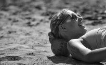 Úgy élvezem én a strandot!  Dabason zajlott a strandkézilabda országos bajnokság egyik állomása: az amatőr-sportolók egy-egy versenye igazi dzsemborinak számít minden nyáron.