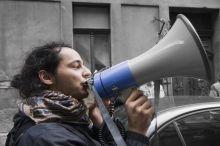 """szociális aktivista Misetics Bálint az ország egyik legfontosabb szociális aktivistája lett. Szónokol az október 17-ei lakhatási tüntetésen is amit """"A város mindenkié"""" szervezet rendezett."""