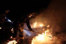 1200 bála égett napokon át Feltehetőleg szándékos gyújtogatás miatt 1200bála gyulladt ki Szökéden szeptember 7-én. A tüzet 3 nap alatt sikerült eloltania a Pécsi hivatásos, Pécsi önkéntes valamint Egerági önkéntes tűzoltóknak.