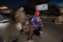 Az ígéret földje  Menekültek érkezése Horvátország felől a barcsi Dráva-hídon  /2015.09.21./