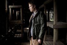 Saul fia Nemes Jeles László Golden Globe és Cannes-i díjas filmrendező a fóti filmgyár lágerdíszletében egy auschwitzi barakkban, ahol Saul fia című filmjének részletetit forgatták.