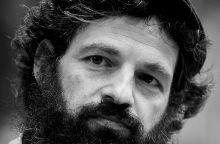 """""""Saul fia"""" Röhrig Géza amatõr színész, a 68. Cannes-i Nemzetközi Filmfesztiválon négy díjjal elismert Saul fia címû film fõszereplõje a Margitszigeten 2015. június 28-án."""