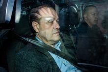 Tarsoly Csaba A Budai Központi Kerületi Bíróság elrendelte Tarsoly Csaba Quaestor-vezér előzetes letartóztatását, akinek jó politikai kapcsolatai voltak a külügyben, illetve személyesen Szijjártó Péterrel.