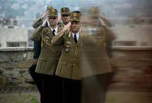 Vezérkari főnök Benkő Tibor vezérezredes,a  Honvéd Vezérkar főnöke  a Honvédelem Napja alkalmából rendezett ünnepségen a Fehérvári rondellán, a Görgey-szobornál, 2015. május 21-én.
