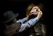 Don Quijote Reviczky Gábor mint Don Quijote, és hű társa, Sancho Panza Bodrogi Gyula alakításában. A bemutatót 2015. szeptember 18-án tartották a Nemzeti Színházban.