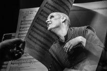 Élő kotta Jeffrey Thompson New Yorki színész alakítása a Poppea megkoronázása című Monteverdi darabban. Rendező: Geréb Zsófia. Művészetek palotája