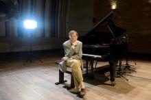 Vásáry Tamás Vásáry Tamás zongoraművész a Musica Piano kottaalkalmazás sajtóbemutatóján a Budapest Music Centerben 2015. október 13-án.