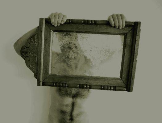 Tükör által homályosan