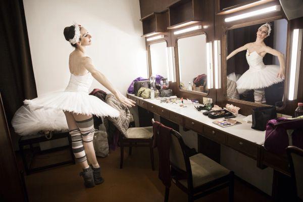 Balettcipőben, tüllszoknyában