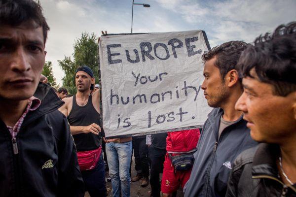 Magyarország: ZÁRVA