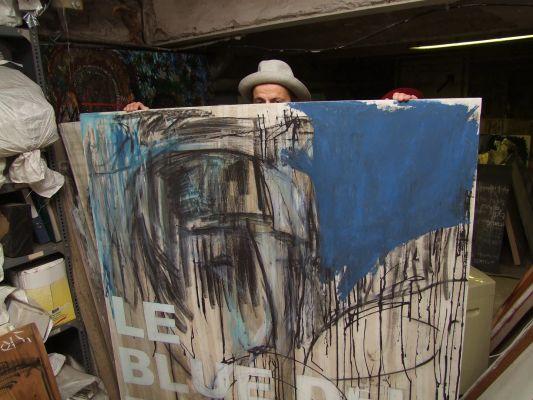 Bódis Barnabás kortárs festőművész , műtermében